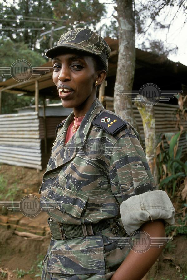 Kagame Yatanze Abakobwa Ho Ibitambo Bafatwa Ku Ungufu Mu